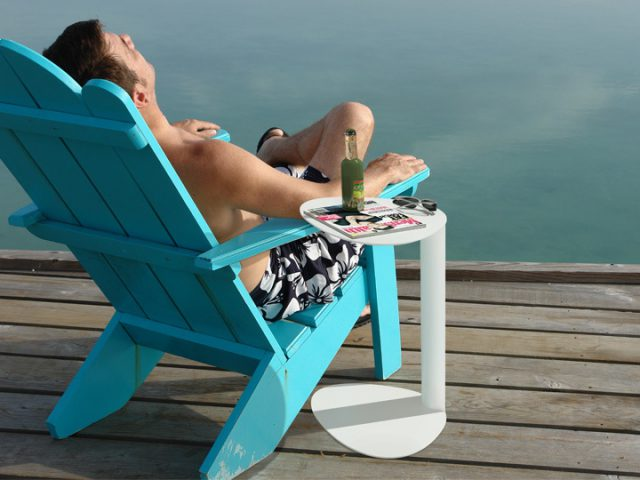 The Bink laptop table is suitable for indoor or outdoor use