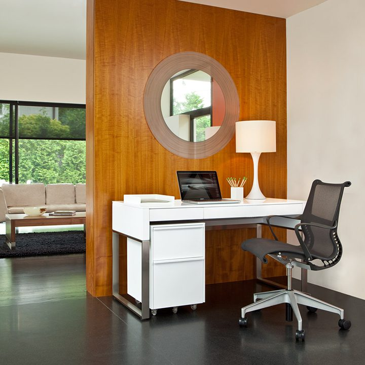 The Cascadia Office featuring a mobile file cabinet and versatile console/laptop desk.